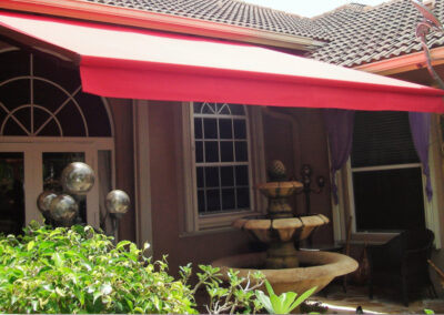 Retractable Awnings_Coastal Canvas & Awning
